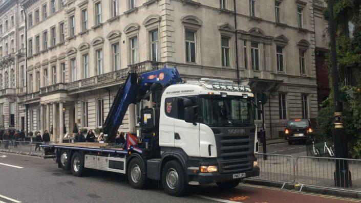 Crane hire lorry London
